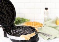 how to clean waffle maker iron