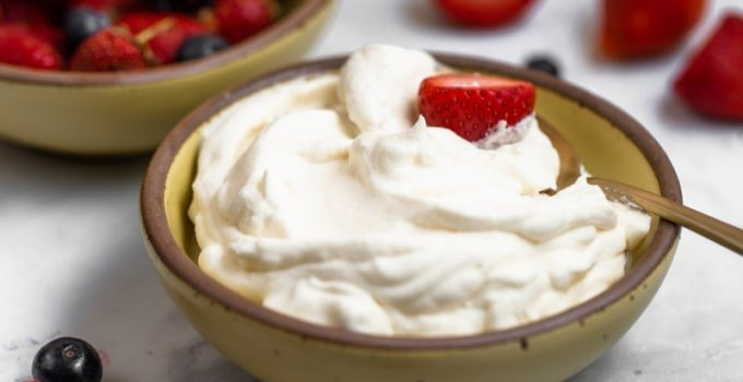 can you freeze whipped cream